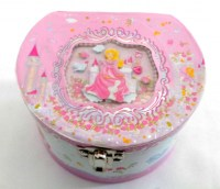 51351182 MUSICAL JEWLERY BOX  PRINCESS EACH R225
